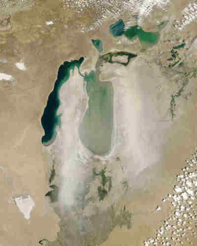 Dust storm over the Aral Sea in June 2006